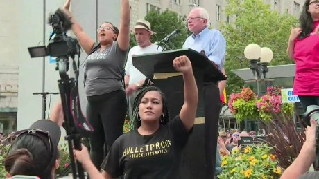 150809001025-bernie-sanders-black-lives-matter-seattle-bts-00000108-large-169